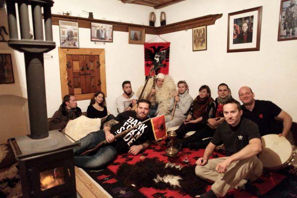 kullaban-balkan_calling_koszvoo