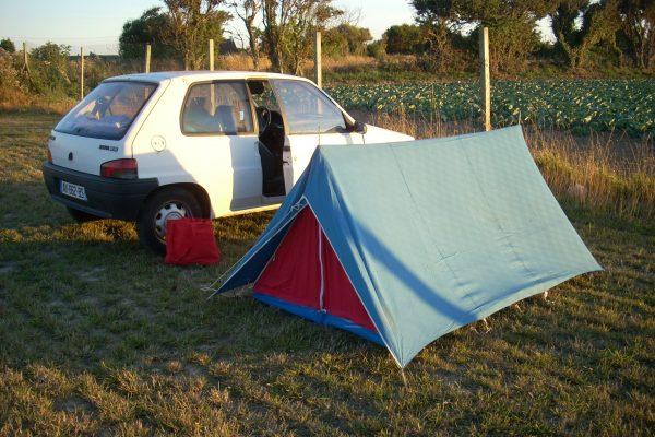A kétszemélyes meglepetés sátor a normandiai körúton