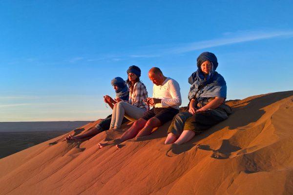 Naplemente a sivatagi dűnékről