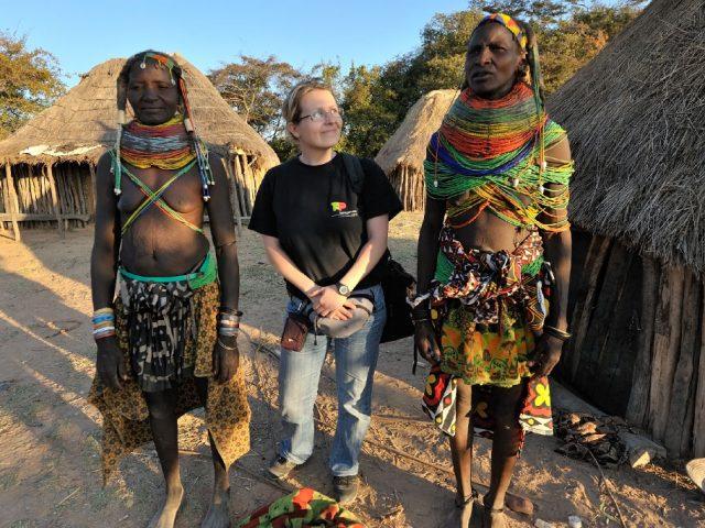 Muiláknál, Angolában, Fotó, Lantai-Csont Gergely