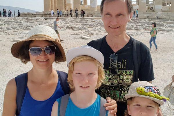 Közeli négyőnkről az Akropoliszon - 20161002_151026 - Marika Török-min