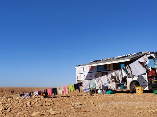 01 laundry - western sahara-min-min
