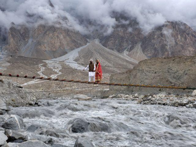 Egy wakhi pár esküvői fotózása